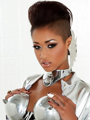 Skin Diamond goes cyber hot in her metallic outfit. pics ~ hot-pussy.cc